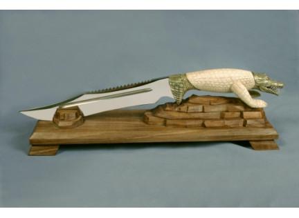 """Нож """"Крокодил"""". Авторская работа."""